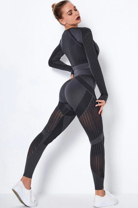 Womens-Seamless-Fitness-Suit-1